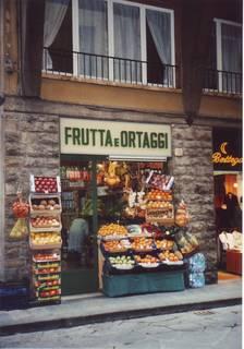 fruitsshop.JPG
